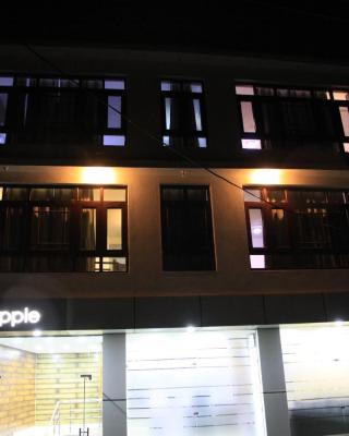 Hotel De Apple