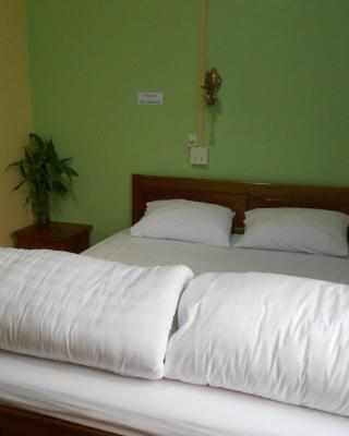 Chinthima Guesthouse