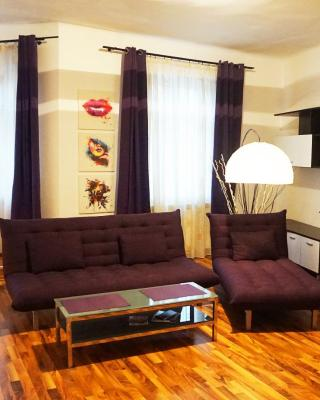 Traian's Apartments