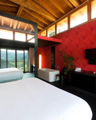 Ellauri Hotel