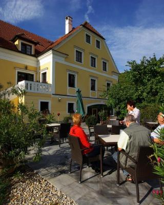 Hotel Weinberghof & Weingut Lagler