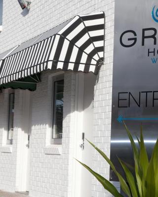 Grand Hotel and Studios