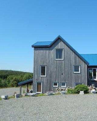 Blue Tin Roof Bed & Breakfast