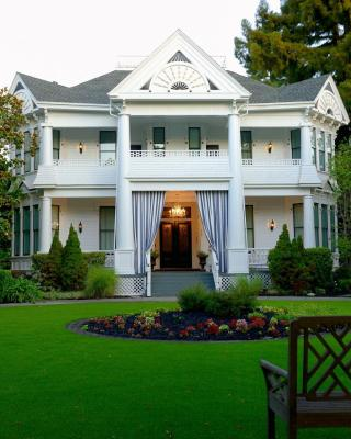 The White House Inn & Spa
