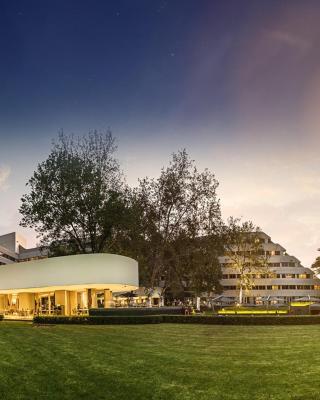The Maslow Hotel, Sandton
