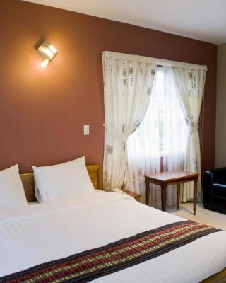 Carpe DM Hotel