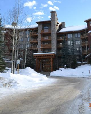 Taynton Lodge at Panorama Mountain Village Resort