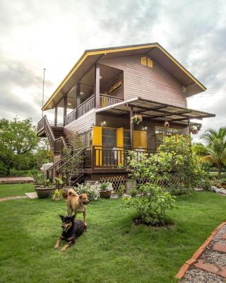 Phor Kub Mae Homestay