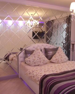 Apartment on Polezhayeva