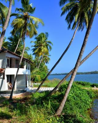 Kavvayi Beach House