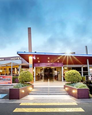 Sandown Park Hotel Noble Park