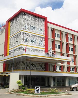 Nite & Day Batam Jodoh Square