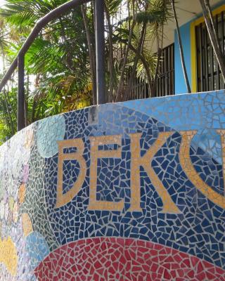Hostel Bekuo