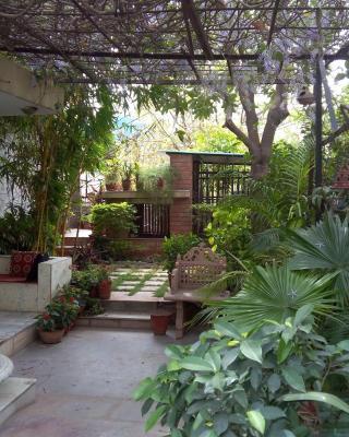 Magpie Villa