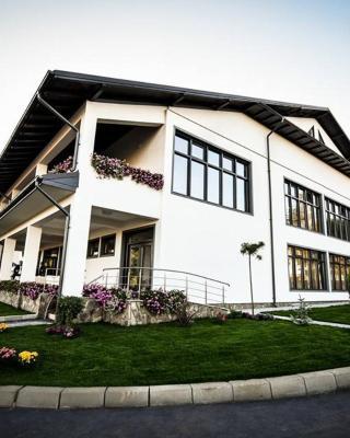 Condor Resort