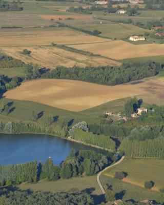 Gite au Lac du Gouyre