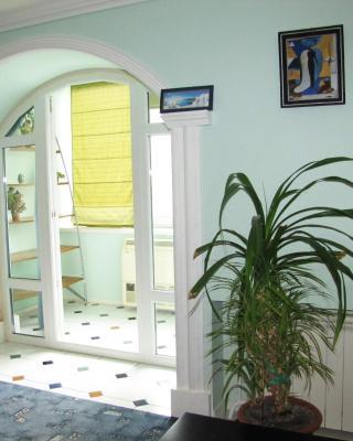 Apartment Na Gidrostroyevskoy