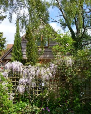 Wisteria Lodge