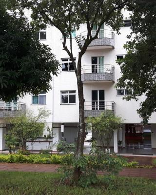 Balkony 407 - Três quartos Perto UNB