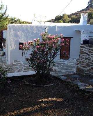 Family House Glaros