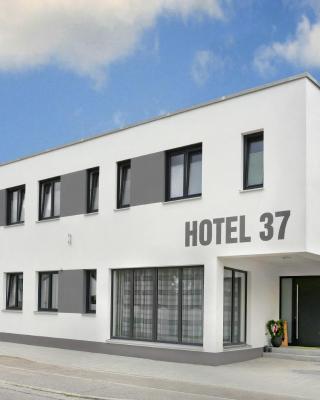 Hotel 37