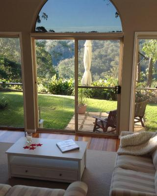 The Avenue at Montville Luxury Cottage