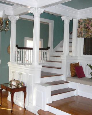 Julietta House