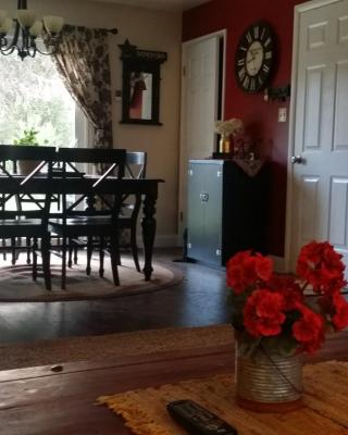 The Apple Tree Vacation Home