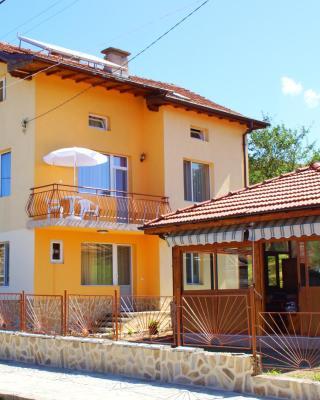 Marinela Guesthouse