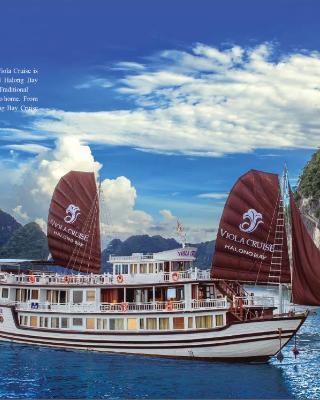 Viola Cruise Halong Bay