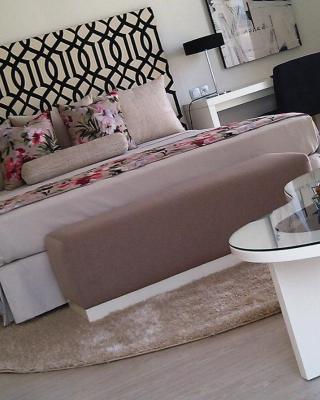 ホテル アル マンダリ