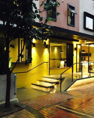 Metro Hub Hostel Dalian