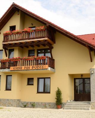 Casa din Podee