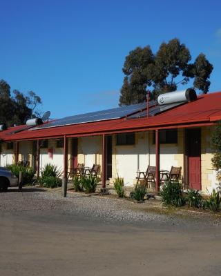 Inglewood Motel and Caravan Park Victoria
