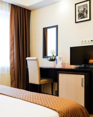 Ekipazh Hotel