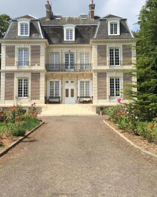 Château d'Avesnes - Le Castelet