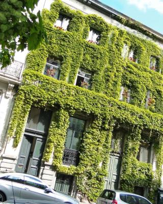 B&B D&F Suites Brussels