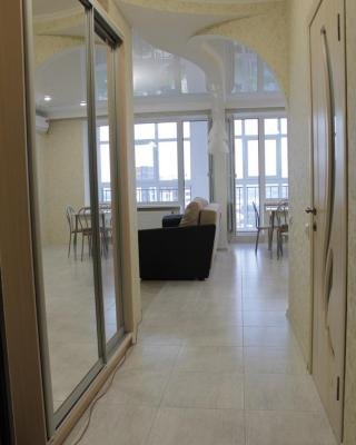 Apartment near Black Sea