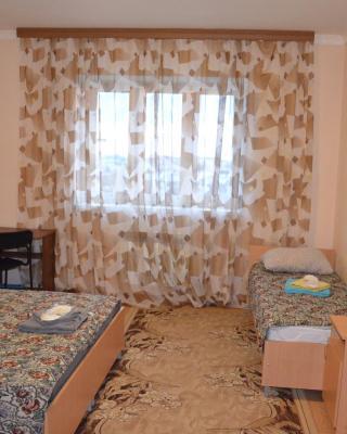 Apartment Respubliki 7