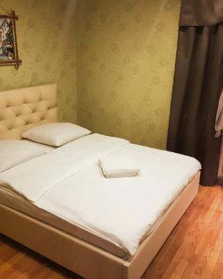 Apartment on Prospekt Pobedy 23/17