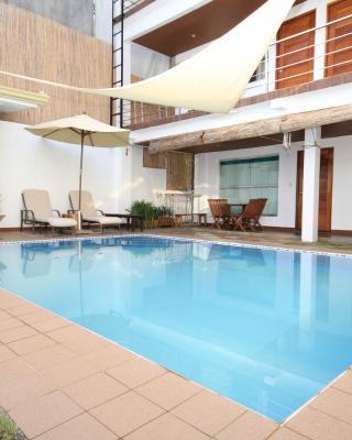 Westcliff Villa by Bluewaves