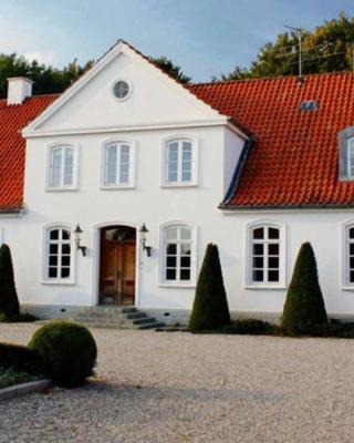 Louiselund Bed & Breakfast