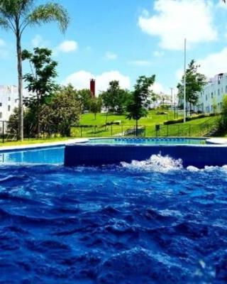 Casa en Tequesquitengo, Morelos-México. Disfruta, vive.
