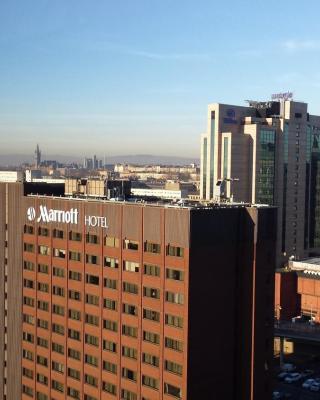 Glasgow Central Skyline Apart'