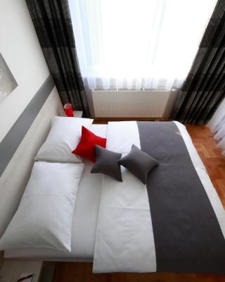Apartment Arena Royal