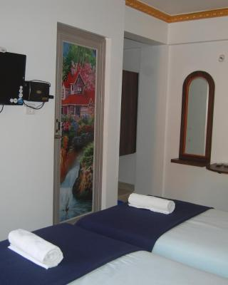Tulshi Guest House