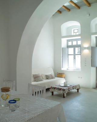 Tutti Blu Tinos Living Space
