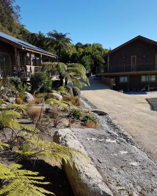 Riverstone Karamea Accommodation