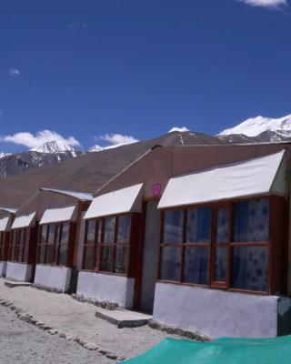Pangong Holiday Cottages