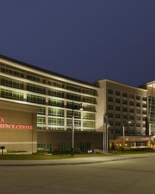 Embassy Suites Omaha- La Vista/ Hotel & Conference Center